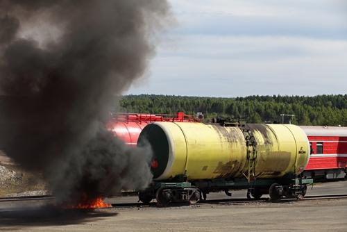 a-train-derailment-and-fire-is-being-investigated-using-3d-laser-scannin_1445_642137_0_14101983_500-1.jpg